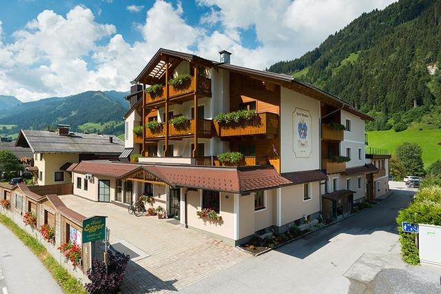 jasmin_640_1538584757egger_hotel.jpg