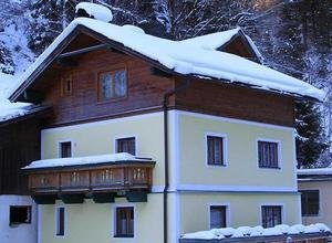 wagner46_300_1393178012wagnerhaus_winter_2014.jpg